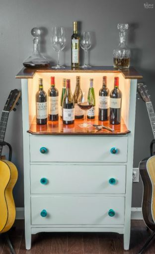 Turn an old chest of drawers into a wine bar